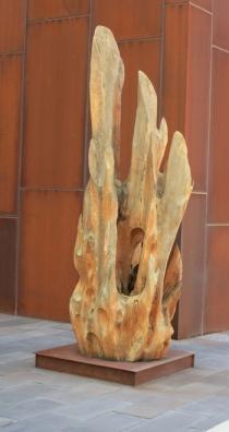 Nishi-sculpture-1